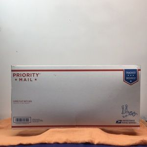 Tommy Summer's Mystery Box (10)resell or keep some